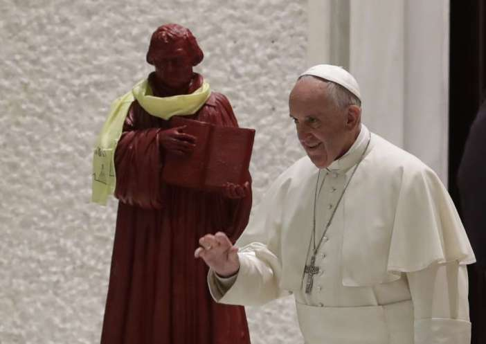pope-luther